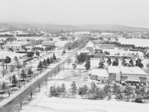 Snow in Canberra - 1965